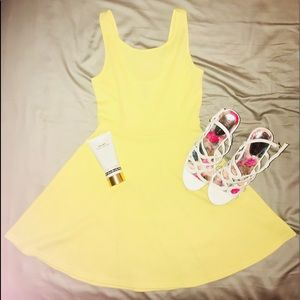 🆕 H&M Yellow Sundress 🐝🐥🌻